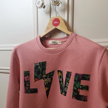 Load image into Gallery viewer, Love - Sweatshirt