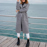 Stylish plaid long coat with belt and pocket , Vega brand.
