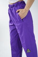 Load image into Gallery viewer, Vintage Joff purple snow pants unisex size 28