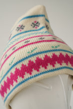 Load image into Gallery viewer, Vintage wool Murray Merkley beige beanie with patterns size S
