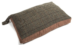 Tweed Traditional Dog Bed, Tweed Dog Bed, Large dog bed, made in Britain dog bed, traditional dog bed, useful dog bed, portable dog bed.
