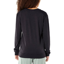 Load image into Gallery viewer, Icebreaker Women's Nature Dye Drayden Long Sleeve Crewe
