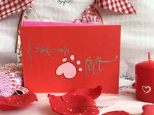 Load image into Gallery viewer, xoxo 'Love' greeting card - I think you're paw-fect xx