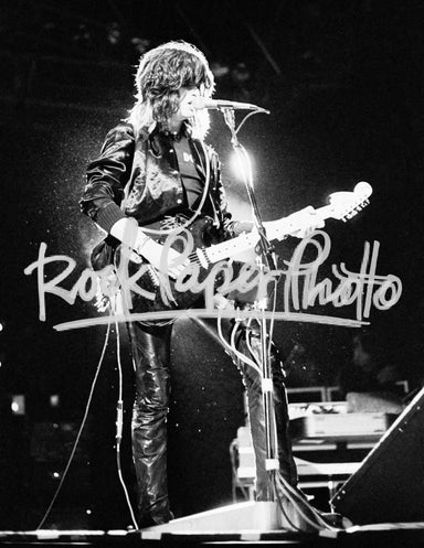 Joe Perry by Dean Simmon