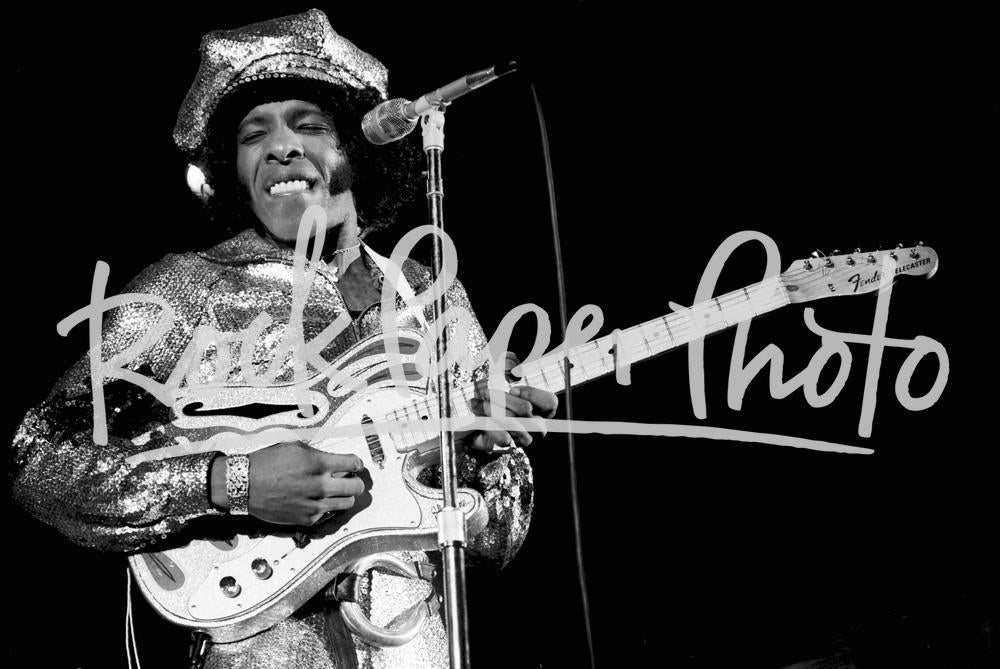 Sly Stone by Neil Zlozower