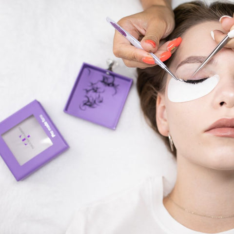 Best temperature and humidity for lash extensions