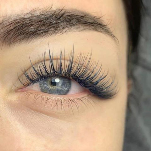 Classic Eyelashes Extensions