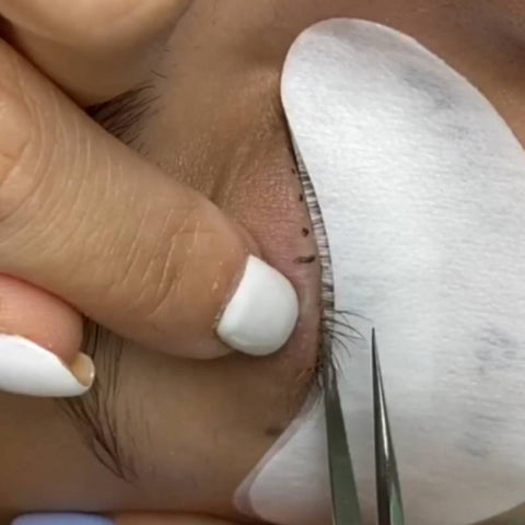 Different Eyelash Taping Techniques