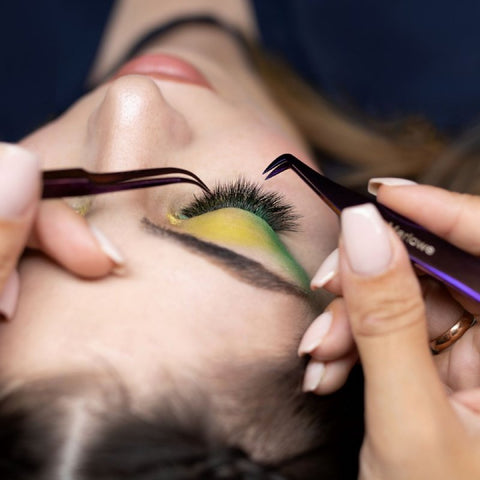 Different Types of Eyelash Tweezers and Their Uses
