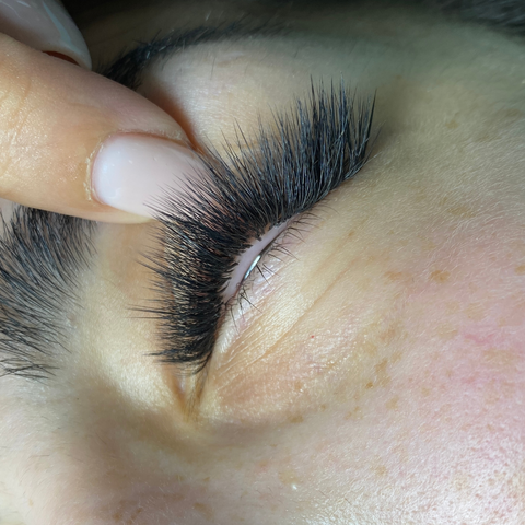 How to fix bad eyelash extensions?