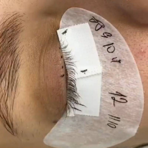 Taping techniques for eyelash extensions