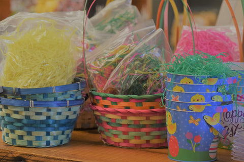 Easter (Baskets and Tins with Colored Grass)