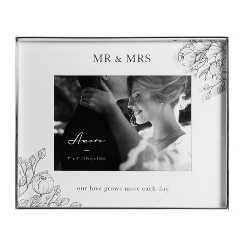 7x5 Mr&Mrs Love Grows Silver Foil Photo Frame