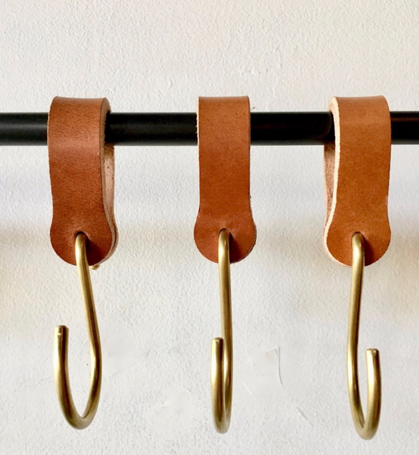 Ludlow Leather Hook