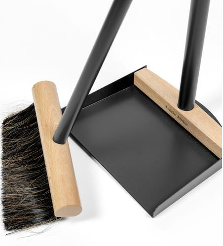 "Mr. & Mrs. Clynk ""Complet"" Standing Broom & Dustpan, Black"
