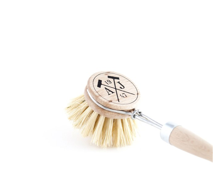 Tradition Dish Brush with Beech Handle