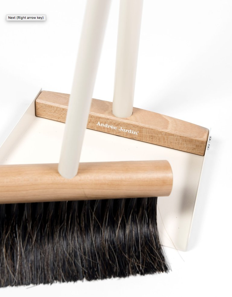 "Mr. & Mrs. Clynk ""Complet"" Standing Broom & Dustpan, Cream"