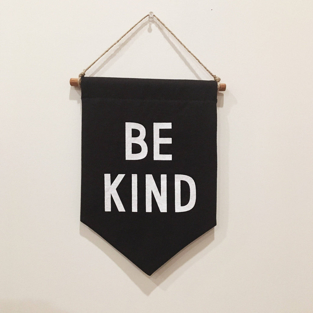BE KIND Banner / small, printed, black