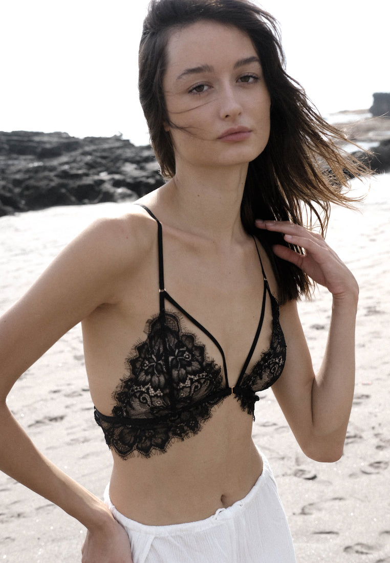Ashley-Summer-Co-Alexa-black-strappy-lingerie-lace-padded-bralette-singapore