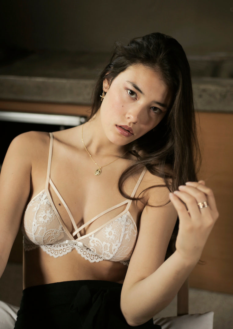 Ashley-Summer-Co-Emma-White-lace-lingerie-strappy-bralette-padded-singapore