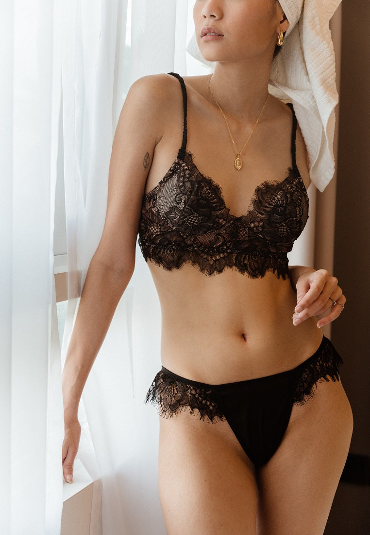 Bella-button-black-lace-bralette-ashley-summer-co-12