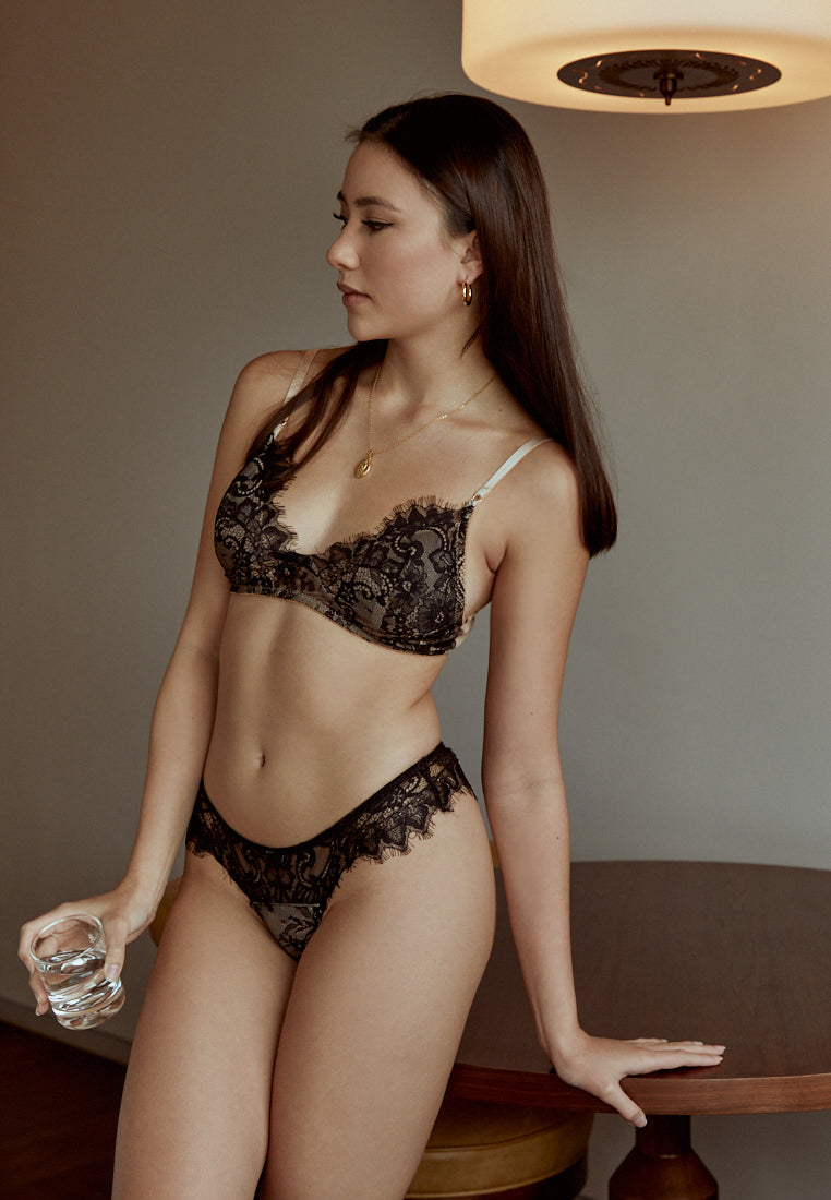 Love-Story-Black-Lace-Padded-Bralette-Ashley-Summer-Co-Singapore