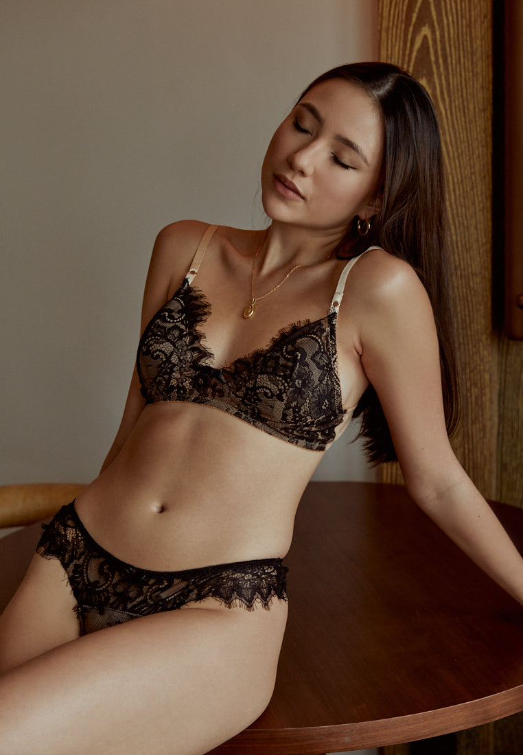 Love-Story-Black-Padded-Lace-Bralette-Ashley-Summer-Co-Singapore