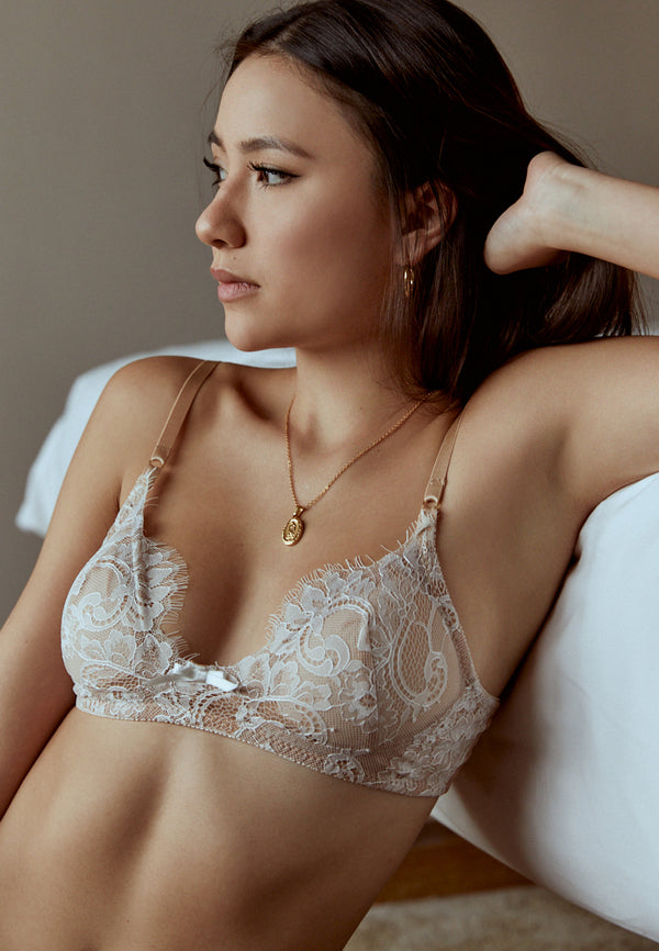Love-Story-White-Lace-Padded-Bralette-Ashley-Summer-Co