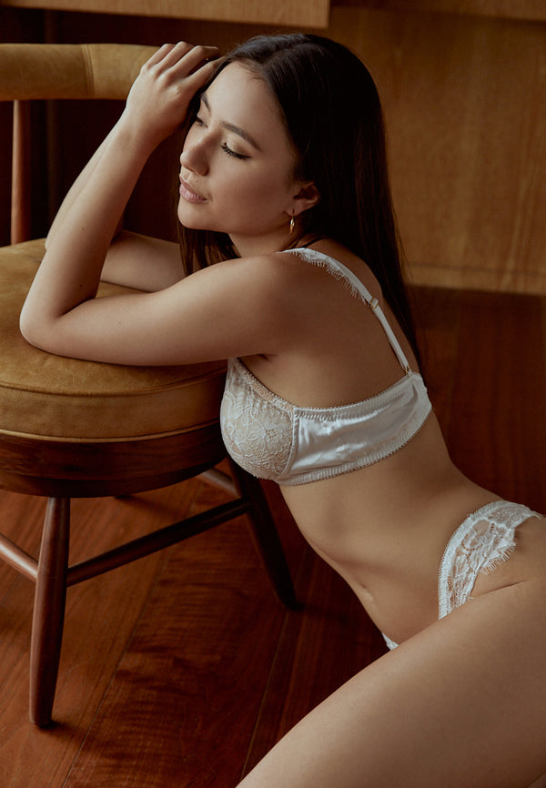 Muse-White-Padded-Lace-Bralette-Ashley-Summer-Co-Singapore