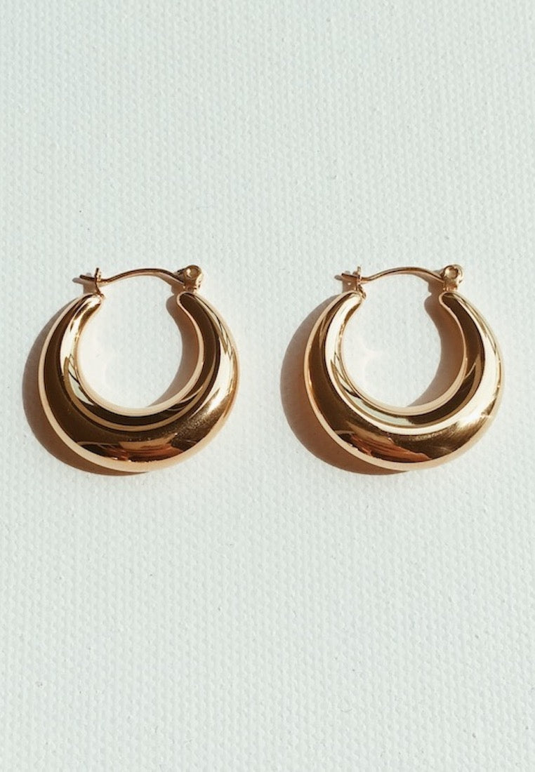 ashley-summer-co-celine-2-inch-thick-gold-hoop-earrings-singapore