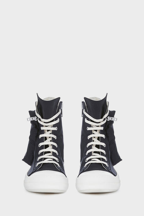 <i>Sneaks</i> –<br>DRKSHDW by Rick Owens