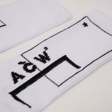 Afbeelding in Gallery-weergave laden, A-COLD-WALL* | Classic Logo Socks White