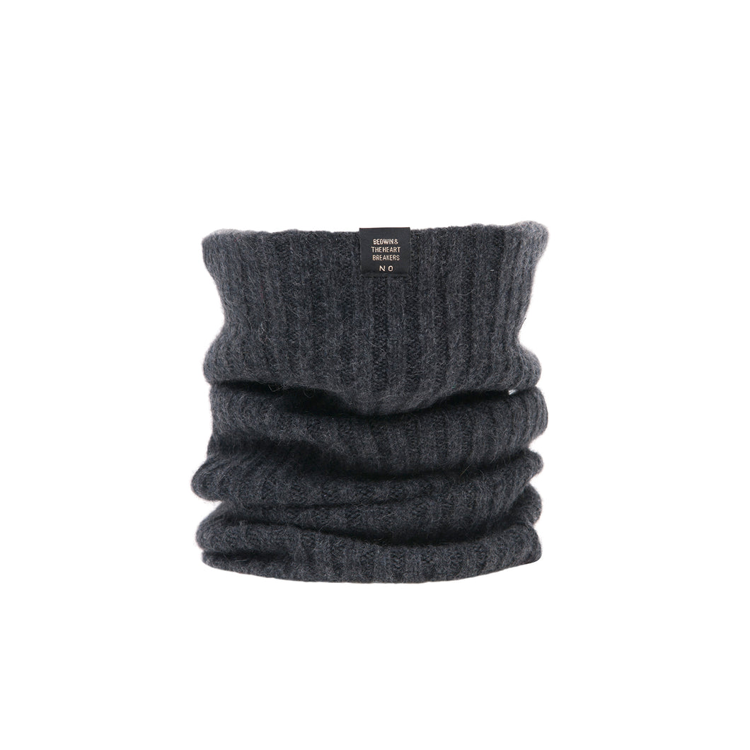 Bedwin & The Heartbreakers | 'Cramer' Cashmere Neck Warmer Charcoal - Concrete