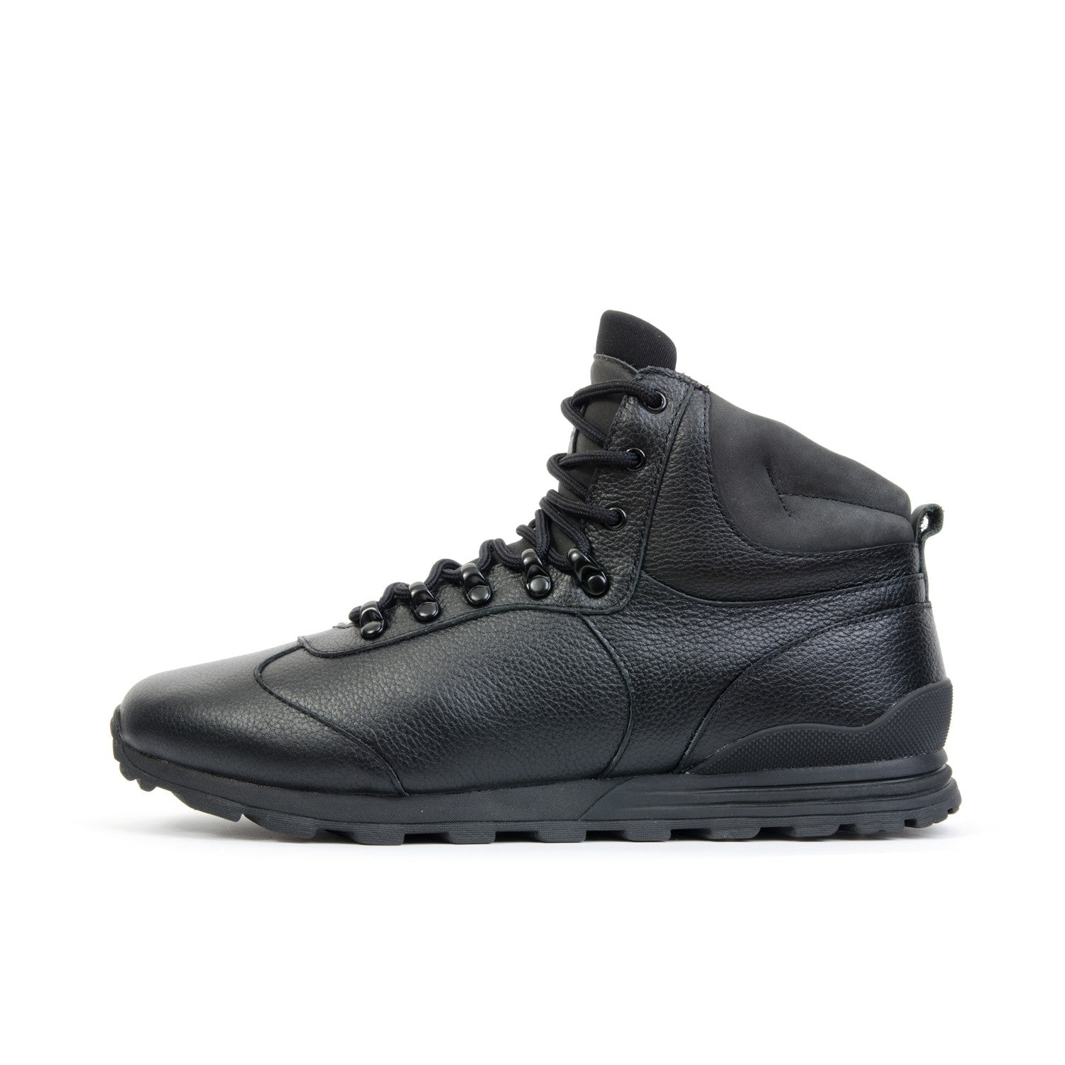 Clae Robinson Black Tumbled Leather - Concrete