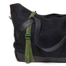 Load image into Gallery viewer, Christopher Raeburn M Holdall Bag Charcoal - Concrete