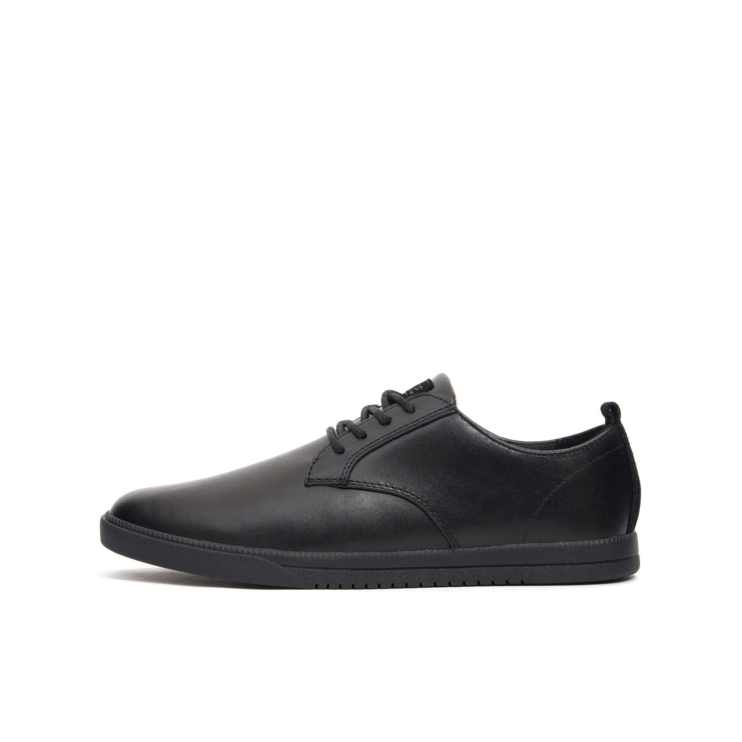 Clae Ellington Leather Black