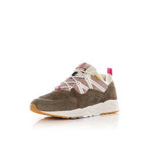 Karhu | Fusion 2.0 Walnut / Bright White F804096 - Concrete