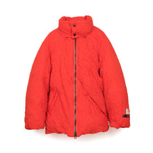 Load image into Gallery viewer, FACETASM | W Twisted Down Jacket Red - Concrete