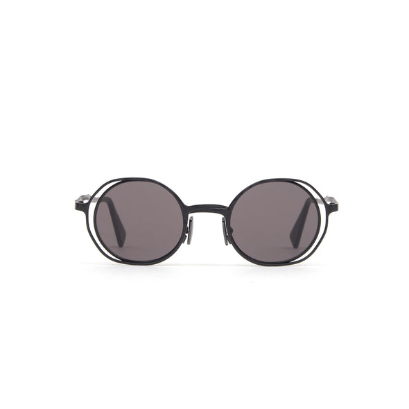KUBORAUM Sunglasses & Case H11 45-22 BM Gray