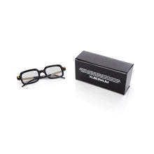 將圖像加載到畫廊查看器中KUBORAUM Sunglasses & Case P2 50-22 BS Black Shine