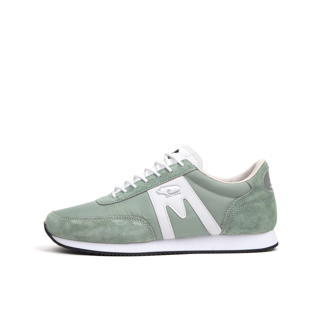 Karhu Albatross Wrought Iron/White - Concrete