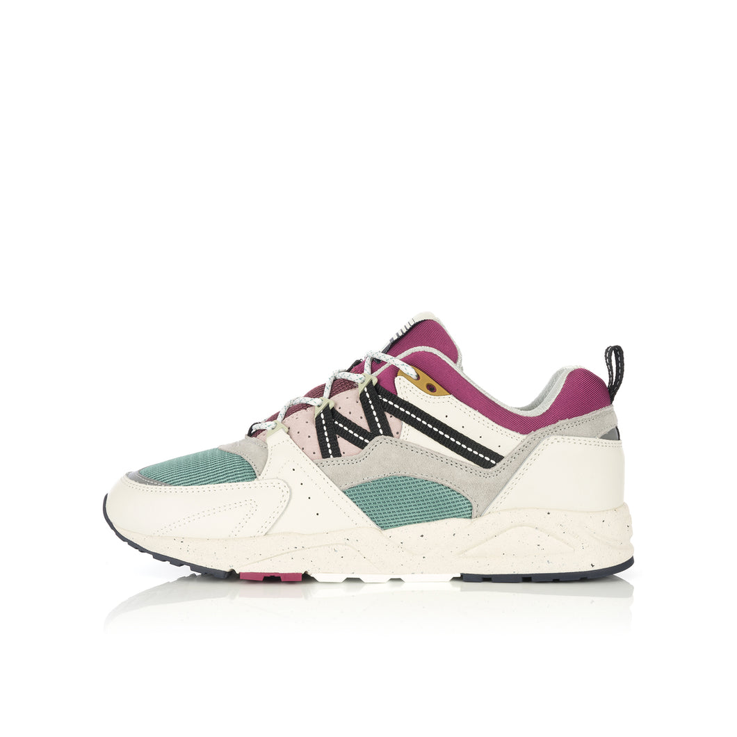 Karhu | FUSION 2.0 'Colour Of Mood' Lily White / Gray Violet