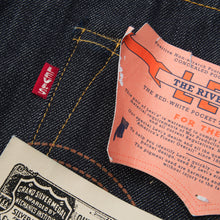 Load image into Gallery viewer, Levi's Vintage Clothing 1944 501 Jeans Rigid