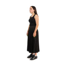 Load image into Gallery viewer, Marios Arise Skirt Techno Satin Black