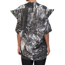 Load image into Gallery viewer, Marios x Goshka Macuga Banner Shirt Print Gas