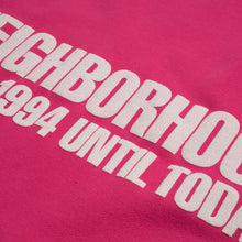 將圖像加載到畫廊查看器中NEIGHBORHOOD | Classic-S / C-Crew. LS Pink - Concrete