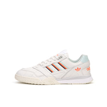 Load image into Gallery viewer, adidas Originals | A.R. Trainer Cloud White