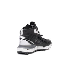 將圖像加載到畫廊查看器中adidas Originals x White Mountaineering Terrex Fast GTX-Surround Black - Concrete