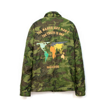 將圖像加載到畫廊查看器中maharishi maha World Tour Jacket Woodland