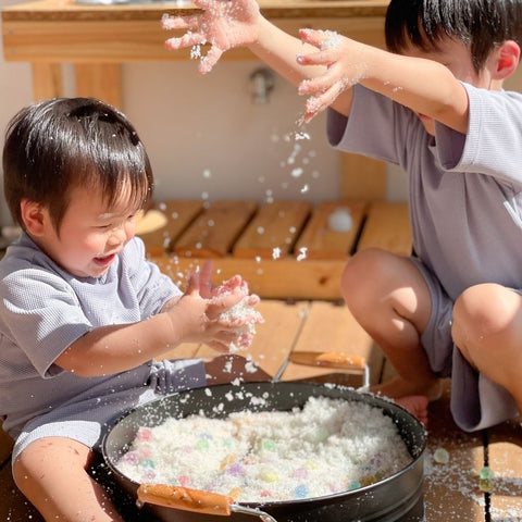 Instant magic snow and waterbeads for kids